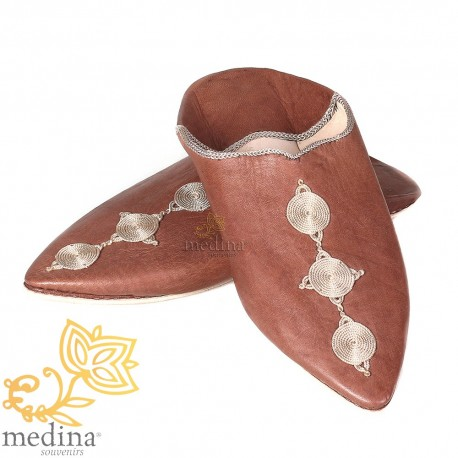 Fez slipper Brown pointed toe and silk embroideries