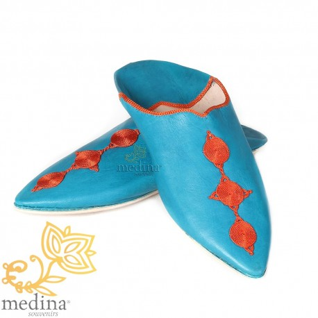 Slipper of Fez blue pointy end and silk embroideries