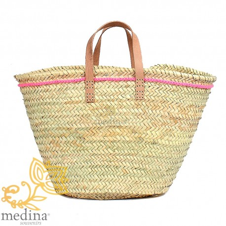 Pink Moroccan basket with flat handles in natural leather and edging on the side