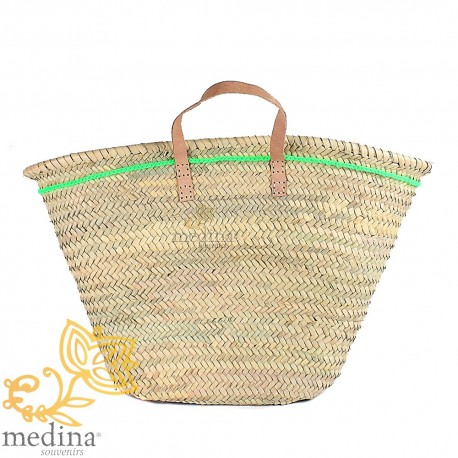 Moroccan basket with flat handles in natural leather and Green edging on the side