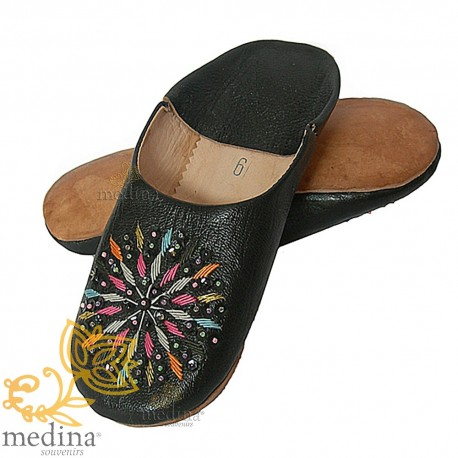 Woman rafia black leather slippers