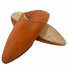 Caramel traditional slipper, slipper pointed out Marrakech