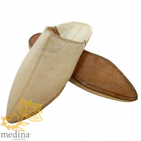 Natural traditional slipper, slipper pointed out Marrakech