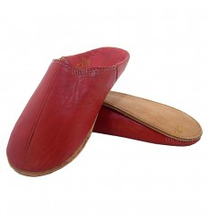 Rode traditionele slipper, slipper ronde uit Marrakech